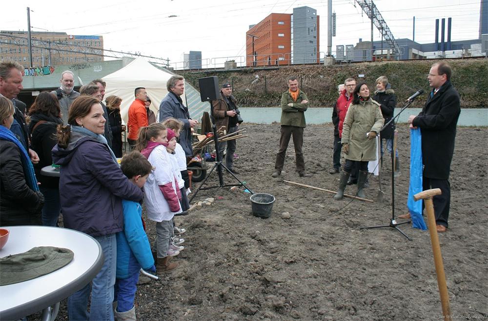 Opening Kweektuin Singelpark in Leiden